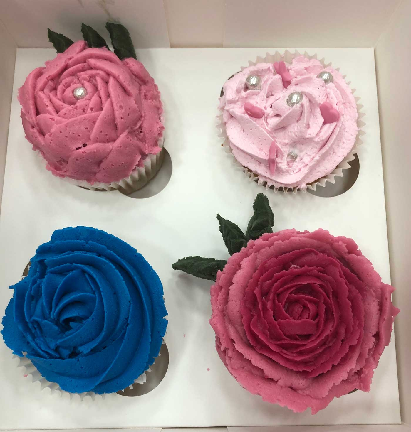 mamacake_reposteria_creativa_sevilla_curso_cupcakes_buttercream3