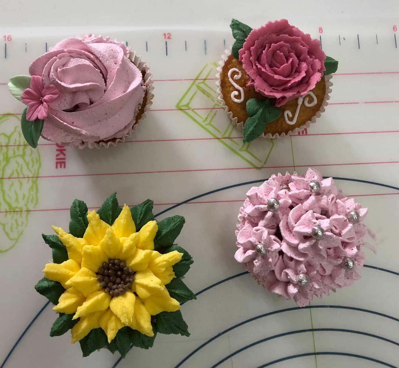 mamacake_reposteria_creativa_sevilla_curso_cupcakes_buttercream6