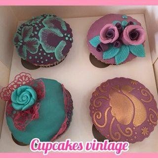 mamacake_resposteria_creativa_sevilla_Curso_reposteria_creativa_modulo_2_cupcakes_vintage